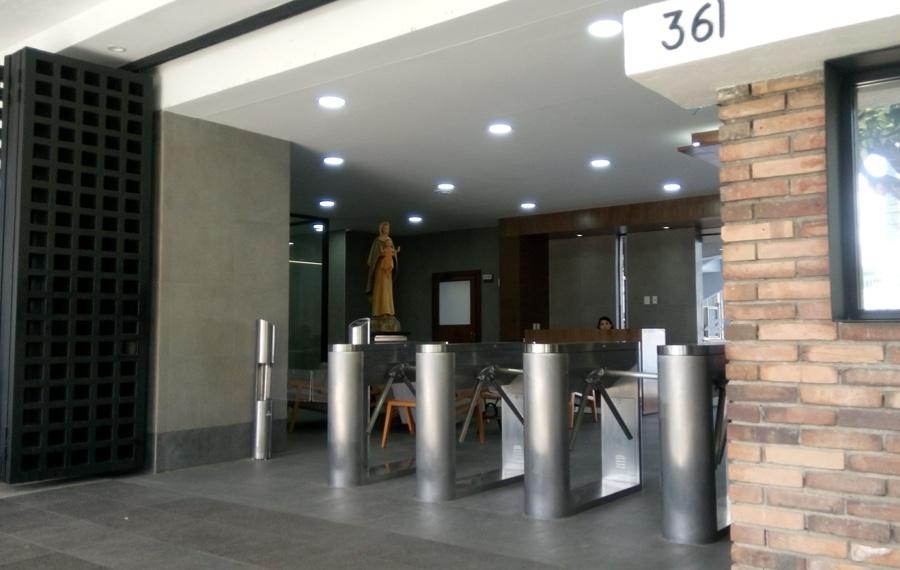 HID Mobile Access-Colegio Cervantes-Mexico-2cuerpo