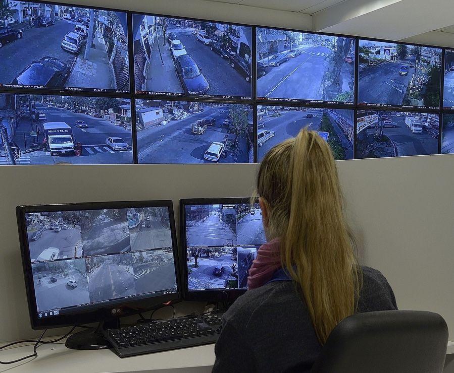 Camara-Vicente-Lopez-Axis-2-monitoreo