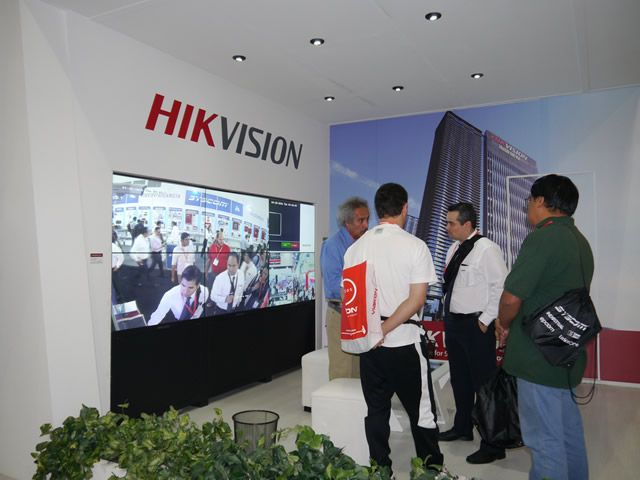 Hikvision-Stand-2