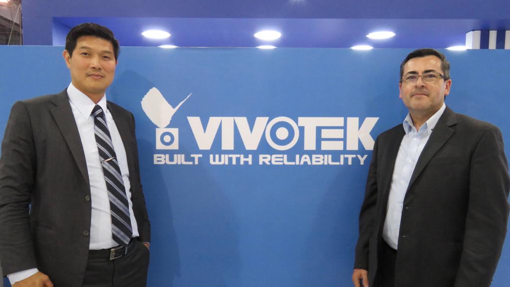 VIVOTEK Miles Chen y Antonio Garrido ExpoSeguridad Mexico 2018