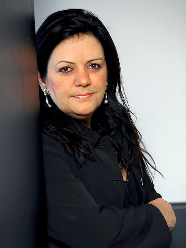 Alessandra-Faria-Directora-AXIS